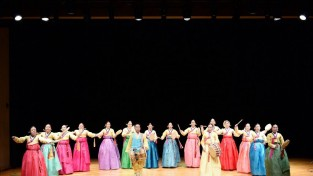 서울남산국악당 크라운해태홀에 올려진 '놀량사거리' 공연 모습.