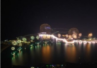 라스 알 카이마, 세계 최대 규모 신년전야 불꽃 축제 개회